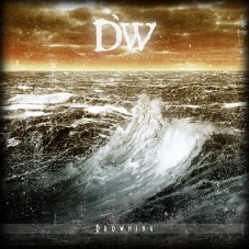 Distorted World — «Drowning» ↓